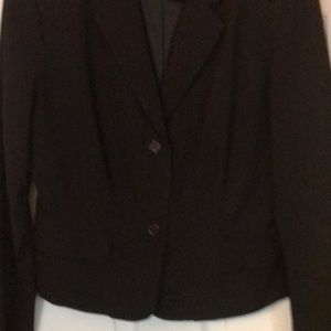 Short blazer, tailored to be form fitting